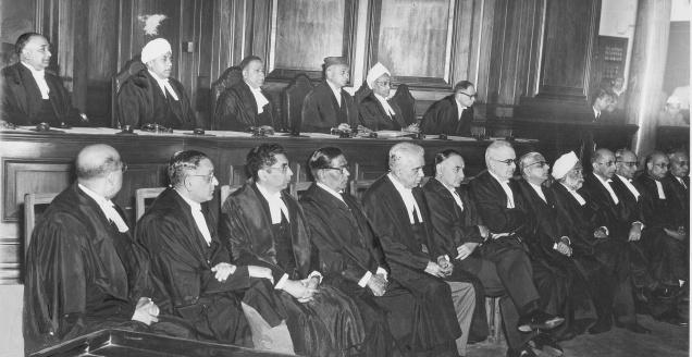 INAGURAL SITTING OF THE SUPREME COURT OF INDIA ON JANUARY 28 , 1950