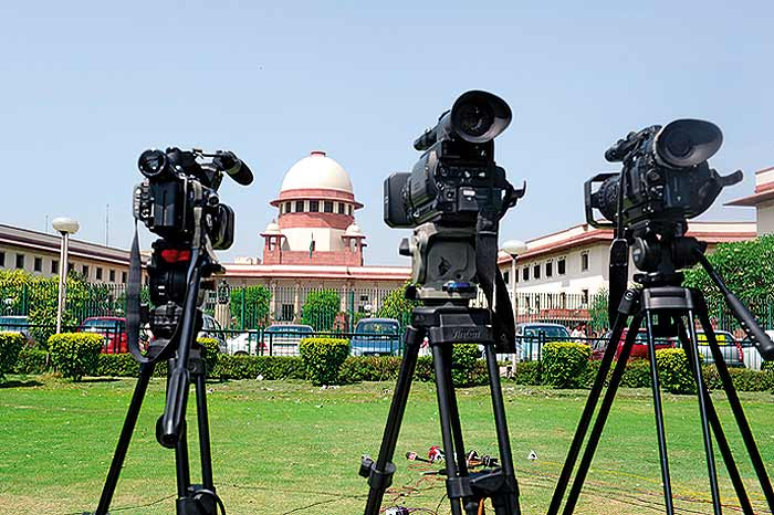 MEDIA VS SUPREME COURT